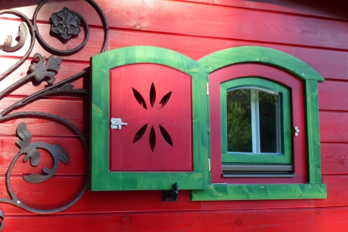 acheter roulotte bois roulottes de boh me acheter et vendre une roulotte en bois. Black Bedroom Furniture Sets. Home Design Ideas