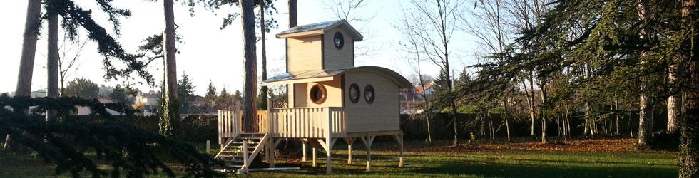 h bergement cabane sur pilotis roulottes de boh me h bergement insolite les tchanqu es. Black Bedroom Furniture Sets. Home Design Ideas